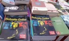 Biografia de Roberto Carlos à venda em Lisboa Foto: Mariana Filgueiras