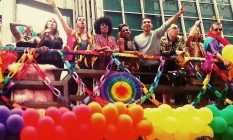 O elenco de 'Sense8' na parada LGBT de São Paulo Foto: Reprodução / Facebook