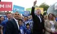 Sadiq Khan e David Cameron ficam lado a lado em campanha pela permanência do Reino Unido na UE
