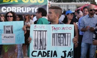 No Planalto, servidores pedem saída do ministro da Transparência Foto: Michel Filho / Agência O Globo