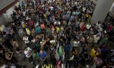 Trabalhadores buscam vagas em feira com oportunidades para a Olimpíada do Rio. Foto: Márcia Foletto