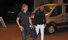 Filipe Luís e Casemiro chegaram na noite de segunda-feira a Los Angeles, onde a seleção brasileira se prepara para a estreia na Copa América Foto: Rafael Ribeiro / CBF