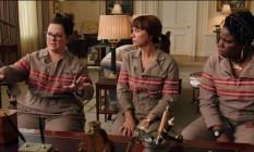 Kate McKinnon, Melissa McCarthy, Kristen Wiig e Leslie Jones no novo 'Caça-Fantasmas' Foto: Reprodução