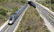 Trem de alta velocidade: quatro das dez composições deste tipo de transporte não vão circular, de acordo com o operador dos trens Foto: Pau Barrena / Bloomberg News/9-9-2015