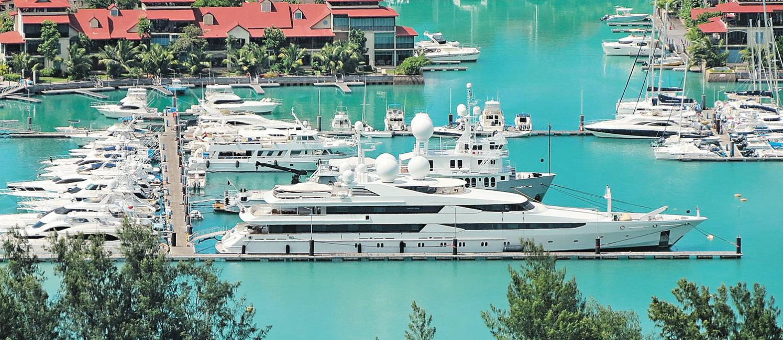 Marina: iates ficam ancorados em Eden Island, em Victoria Foto: Rafael Galdo / Agência O Globo