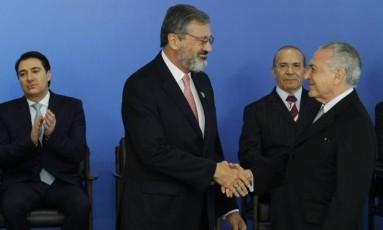 O ministro da Transparência, Torquato Jardim, toma posse em cerimônia no Palácio do Planalto Foto: Givaldo Barbosa / Agência O Globo