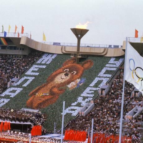 O ursinho Misha na cerimônia de abertura dos Jogos de Moscou-1980. Mascote é um dos mais marcantes das Olimpíadas Foto: Arquivo