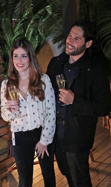 Dudu Azevedo e Fernanda Mader, que se casaram em março, também estavam no jantar Murillo Tinoco/ Divulgação