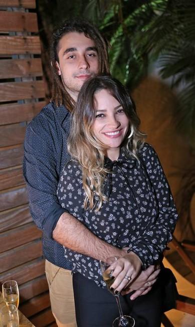O casal Gabriel Reif e Luana Gil Murillo Tinoco/ Divulgação
