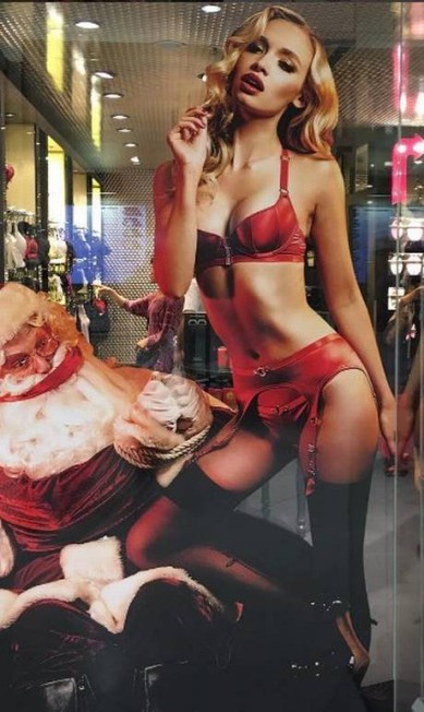 Roxy Horner, a suposta namorada de Leonardo DiCaprio, tem 24 anos, nasceu em Essex, Inglaterra, e gosta de postar fotos mostrando o corpo Reprodução/ Instagram
