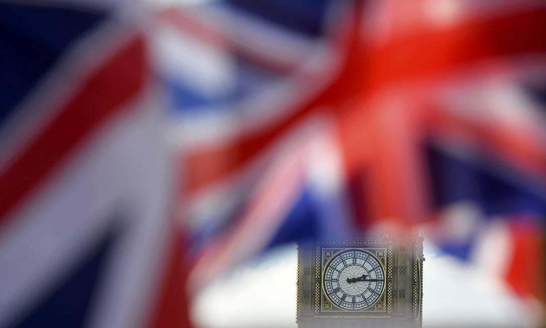 Saída da UE tem 10 pontos de vantagem em pesquisa no Reino Unido