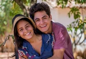 Lucas (Lucas Veloso) e Olívia (Giulia Buscacio), em 'Velho Chico' Foto: Divulgação