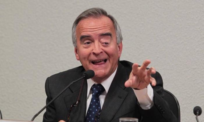 O ex-diretor da Petrobras, Nestor Cerveró, durante depoimento na CPI Foto: Givaldo Barbosa / Agência O Globo