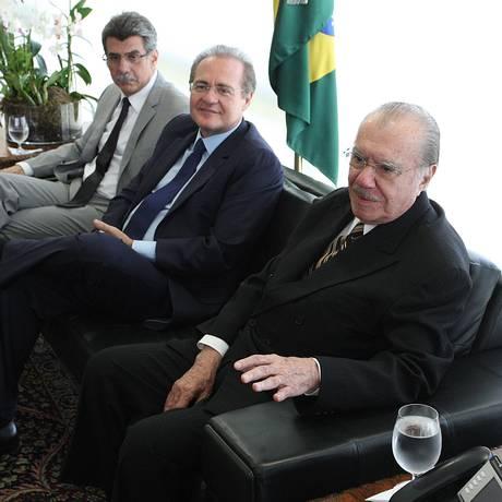 Cúpula do PMDB. Jucá, Renan e Sarney juntos em reunião no Palácio do Planalto, em 2012 Foto: André Coelho/13-12-2012