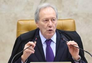 O presidente do STF, Ricardo Lewandowski Foto: Ailton de Freitas / Agência O Globo / 17-12-2015
