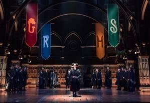 A filha de Hermione e Rony em Hogwarts, no espetáculo 'Harry Potter and the cursed child' Foto: Divulgação
