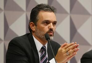O procurador do Ministério Público junto ao TCU Júlio Marcelo de Oliveira na comissão do impeachment em maio Foto: Ailton Freitas / Agência O Globo / 2-5-2016