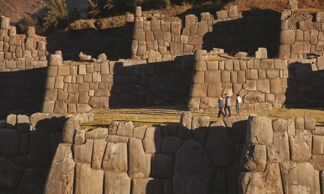 A 2km de Cusco, a fortaleza de Saqsaywamán, onde é celebrada a Festa do Sol em 24 de junho Foto: Divulgação