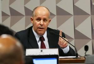 O auditor do TCU Antonio Carlos Costa D'Ávila na comissão do impeachment Foto: Ailton de Freitas / Agência O Globo