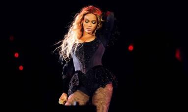 Beyoncé durante apresentação nesta quarta-feira, em Nova York Foto: Frank Micelotta / Invision for Parkwood Entertainment