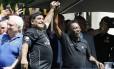 Maradona e Pelé foram treinadores em amistoso disputado na França Foto: Patrick Kovarik / AFP