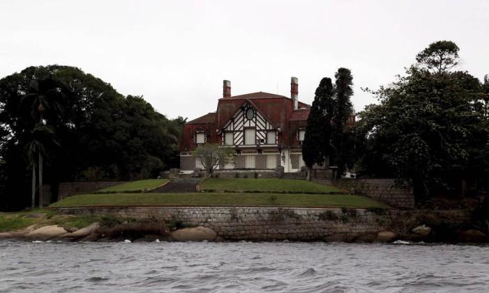 Palacete do governo estadual do Rio, na Ilha de Brocoió, será colocado à venda Foto: Custódio Coimbra / Agência O Globo