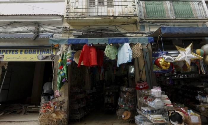 Rua Senhor dos Passos 173, onde fica um imóvel do governo que será colocado à venda Foto: Gabriel de Paiva / Agência O Globo