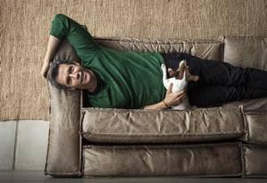 Marcio Garcia posa em sua casa, no Joá Foto: Hermes de Paula