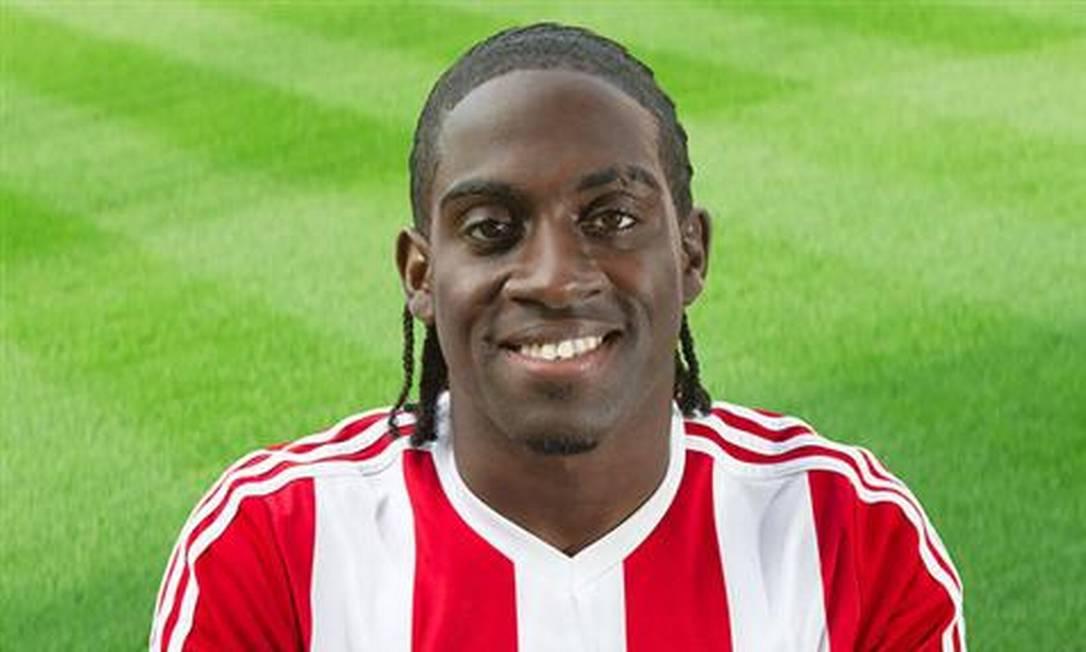 Nascido na Inglaterra, Clayton Donaldson, de 32 anos, escolheu defender a Jamaica, time de seus pais, em 2015. Atacante, joga no Birmingham City. A Jamaica já foi eliminada, mas ele garantiu um lugar entre os mais belos do campeonato Divulgação/Brentford