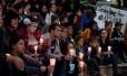 Americanos fazem vigília em homenagem a vítimas de ataque a boate em Orlando