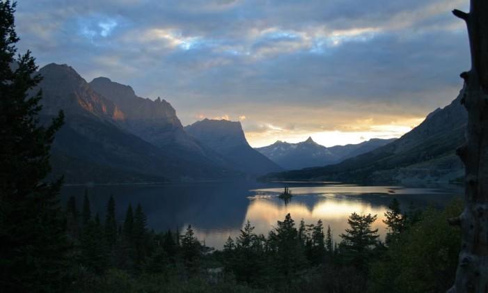 Glacier National Park, em Montana, EUA Foto: Bradley Davis / Creative Commons / Reprodução
