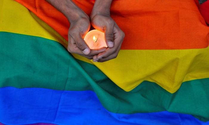 Homenagem às vítimas do ataque de Orlando em Bengalore, na Índia Foto: ABHISHEK CHINNAPPA / REUTERS
