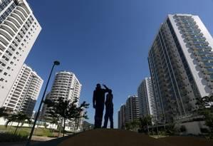 A Vila Olímpica, onde atletas ficarão durante os Jogos Foto: Custódio Coimbra / Agência O Globo