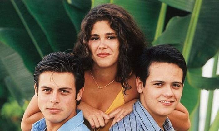 Luigi Baricelli (Romão), Juliana Martins (Bella) e Danton Mello (Héricles), da primeira temporada de 'Malhação' Foto: Divulgação