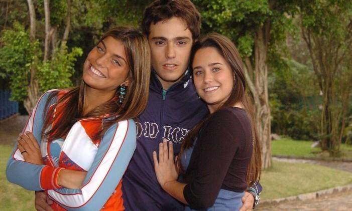 Jaque (Joana Balaguer), Bernardo (Thiago Rodrigues) e Betina (Fernanda Vasconcellos), triângulo amoroso de 'Malhação' em 2005 Foto: João Miguel Júnior / Divulgação