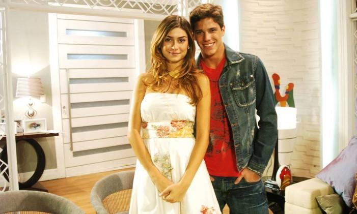 André (Rômulo Arantes Neto) e Marcela (Thaila Ayala) Foto: João Miguel Júnior / Divulgação