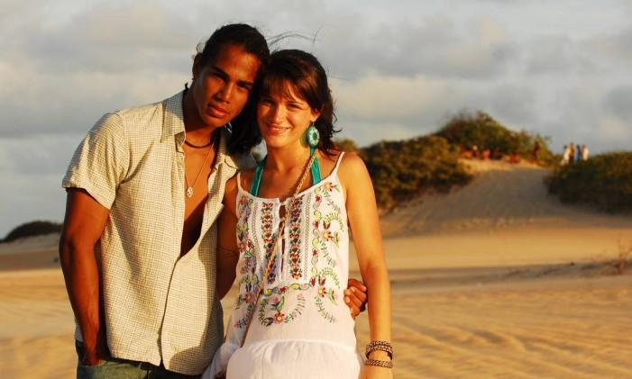 Marina (Bianca Bin) e Luciano (Micael Borges), da temporada de 2009 de 'Malhação' Foto: João Miguel Júnior / Divulgação