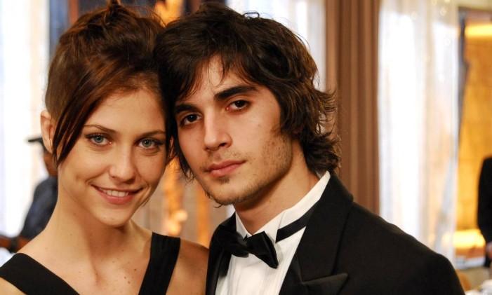 Bernardo (Fiuk) e Cristiana (Cristiana Peres), da 17ª temporada de Malhação Foto: Márcio de Souza / Divulgação