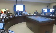 Reunião no Centro Geral de Defesa de Área (CGDA), do Ministério da Defesa Foto: Vera Araújo / O Globo
