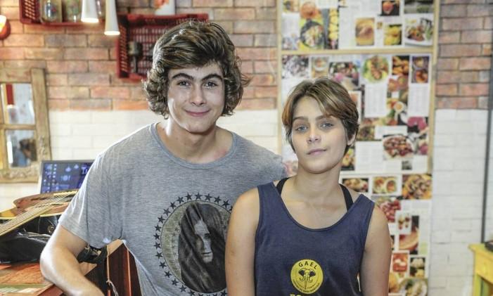 Pedro (Rafael Vitti) e Karina (Isabella Santoni) Foto: Renato Rocha Miranda / Divulgação
