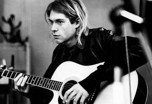 Kurt Cobain, símbolo da rebeldia nos anos 90 Foto: Redferns