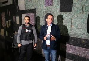Chefe da DH, delegado Rivaldo Barbosa, diz que polícia terá resposta efetiva contra ação Foto: Igor Mello