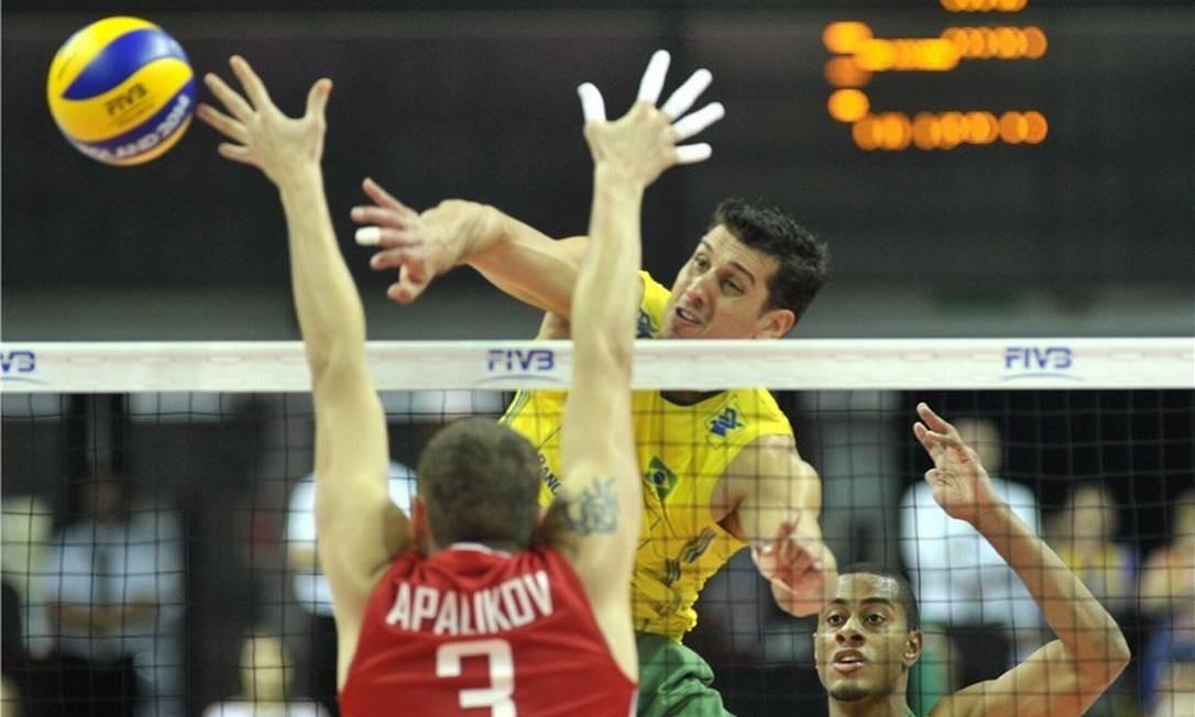 91a41ce98e115 Sidão é cortado da seleção masculina de vôlei e fica fora da Rio ...