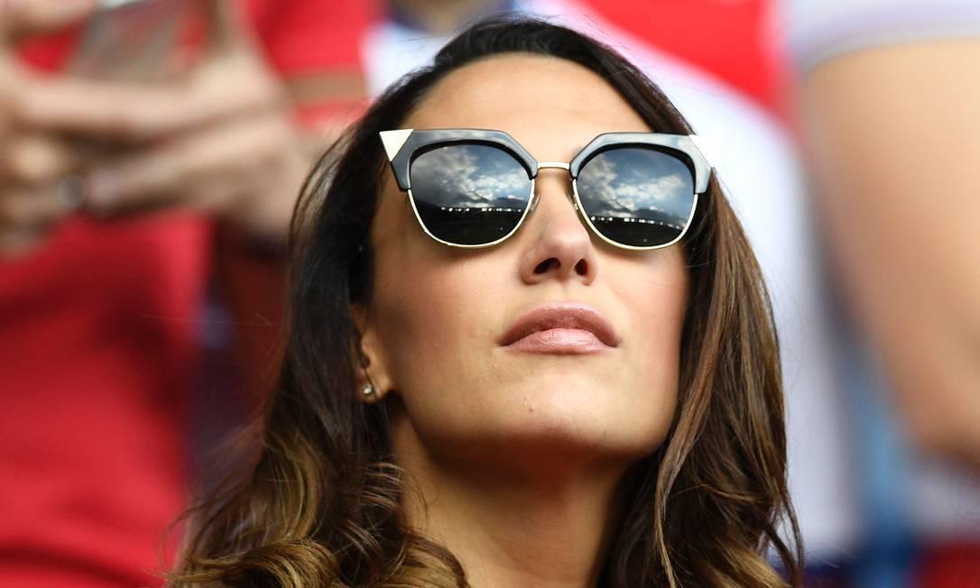 A torcedora austríaca acompanhando o jogo contra Portugal MARTIN BUREAU / AFP