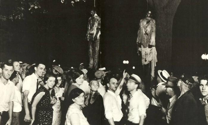 Resultado de imagem para fotos de negros sendo enforcados