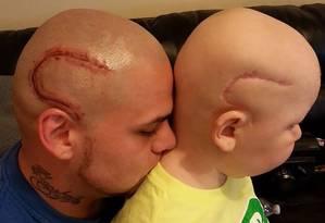 Josh Marshall e o filho Gabriel Marshall Foto: Reprodução Facebook