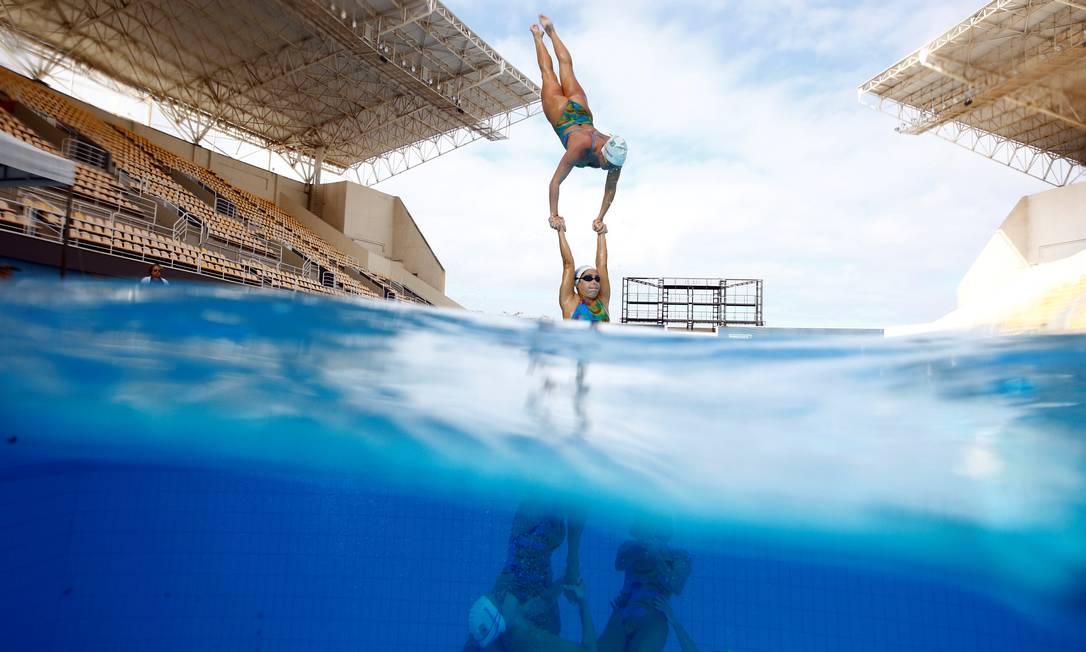 O Brasil também tem vaga garantida na disputa por equipes do nado sincronizado, por ser o país-sede dos Jogos PILAR OLIVARES / REUTERS