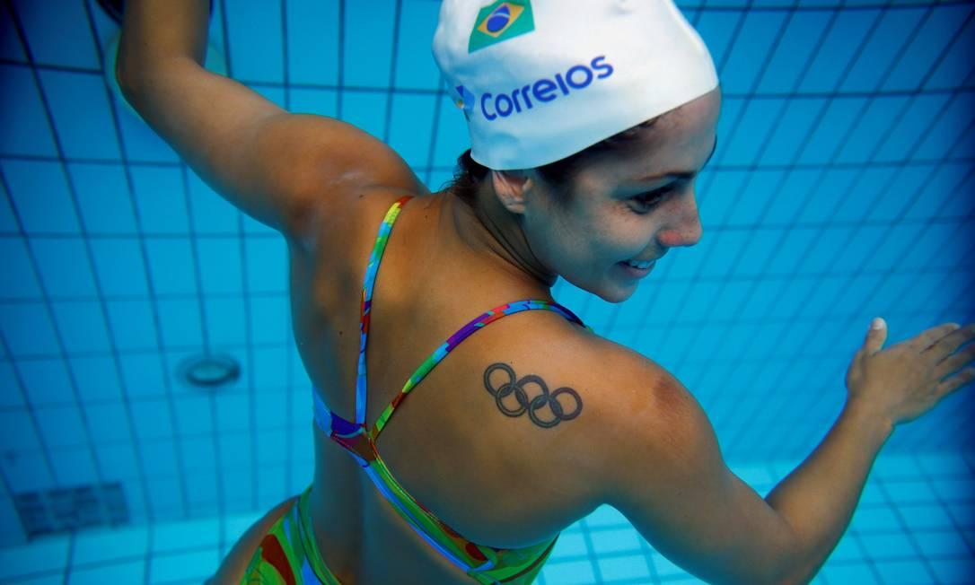 Lara Teixeira, que competiu nos duetos em Londres-2012, agora treina com a equipe brasileira de nado sincronizado no Maria Lenk PILAR OLIVARES / REUTERS