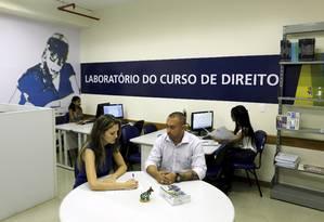 Laboratório do curso de Direito da Estácio, do Shopping Via Brasil Foto: Gabriel de Paiva / Agência O Globo