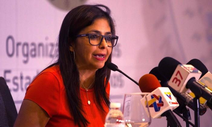 Chanceler venezuelana Delcy Rodriguez participa da Assembleia Geral da OEA Foto: ERIKA SANTELICES / AFP